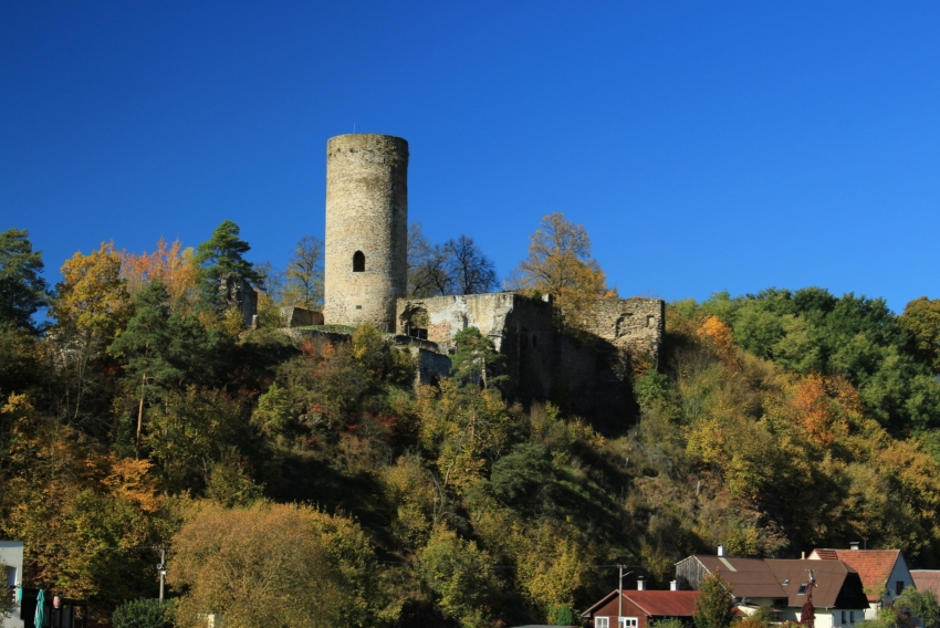 Dobronice Ruin